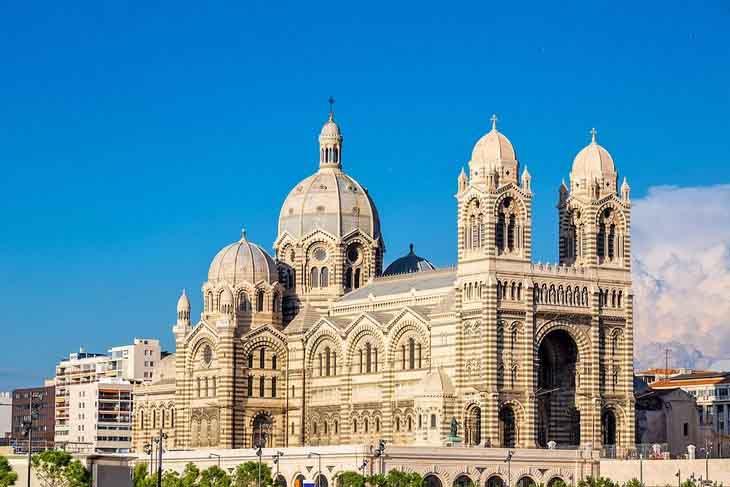 | Cathédrale de la Majo safiran