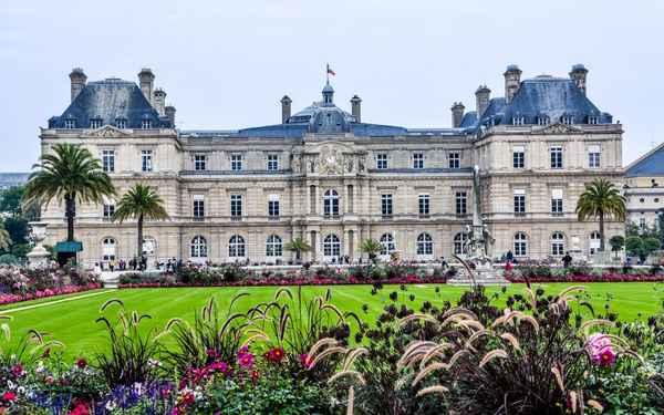 | Luxembourg Gardens1
