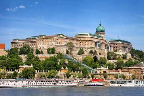 | hungary in pictures beautiful places to photograph buda castle castle hill budapest